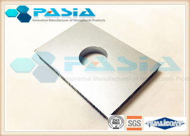 China Customized Shape Aluminum Honeycomb Panels With PVDF Roller Coating Surface supplier