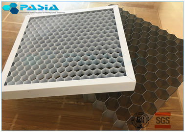 China Lighting Industries Use Honeycomb Core For Various Exhibition Spotlight Gratings supplier